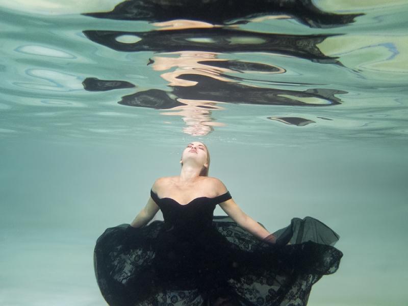 Gold Coast Underwater Portrait Photography , Silver Road