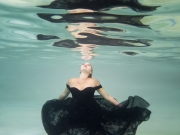 Underwater-photography-gold-coast-woman-in-black-dress